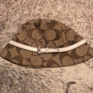 Limited Edition monogram Coach bucket hat 💕